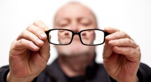 main-resized-iStock_000008494008Small_glasses