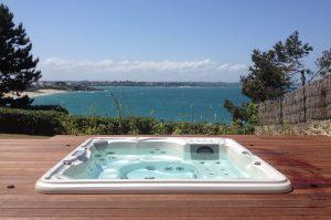 Quelle est la différence entre un spa et un bain à remous ?