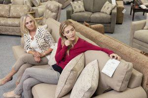 Faites des économies en achetant votre canapé moins cher !