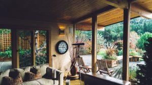 Abri, véranda, pergola… Lequel choisir pour sa terrasse ?