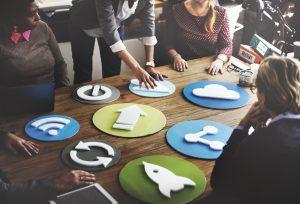 Infographie gestion de projet : Faire face à une crise en 3 étapes