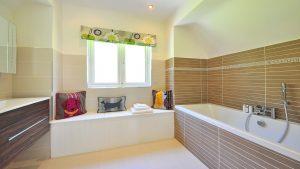 Pourquoi faut-il aménager sa salle de bain après 50 ans?