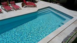 Revêtement pour piscine : optez pour le quartz !