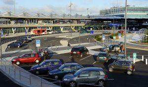 Où garer sa voiture lorsqu'on décide de voyager ?