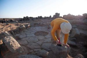 Excavations of Structure 1 at Shubayqa 1 (photo by Alexis Pantos)