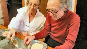 Aides à domicile des personnes âgées : qui peut bénéficier d'une aide-ménagère ?