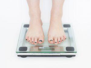 Acheter un pèse-personne : quels critères retenir ?